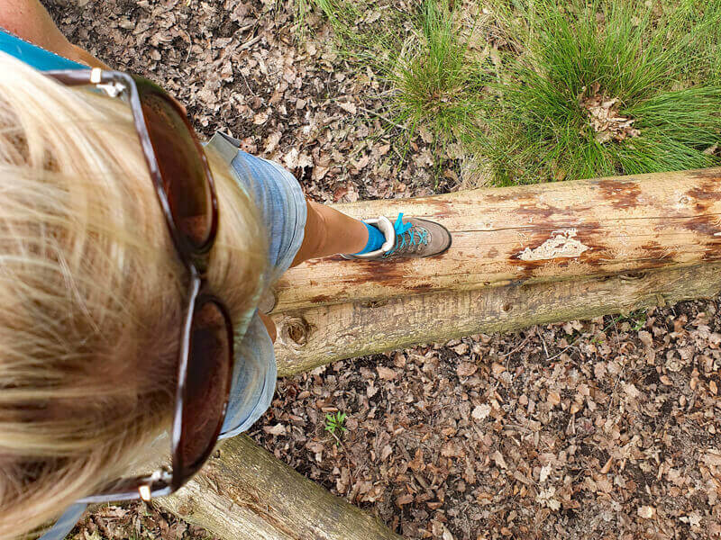 Naturcoachingübung in Balance sein beim Naturcoaching mit Rike Küsgen